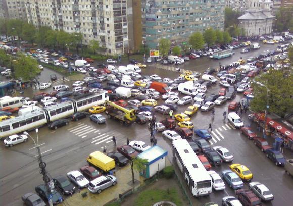 Románia bekeményit, iskolai végzetség, jogosítvány
