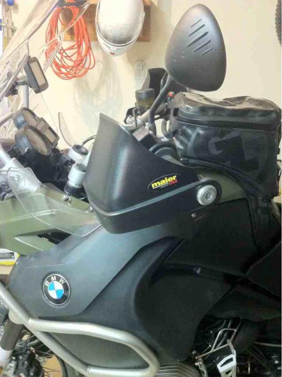 BMW Mauer kezvedo
