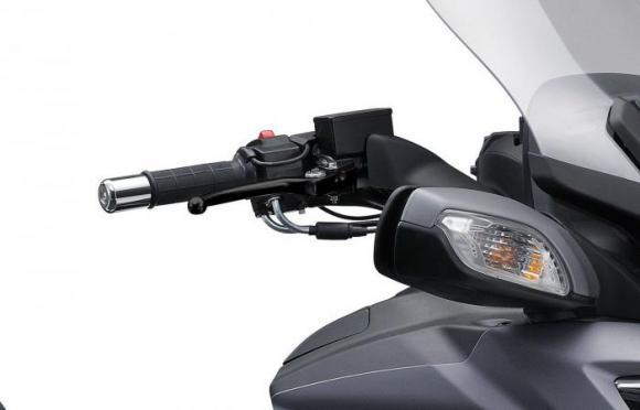 Suzuki Burgman 650 2017