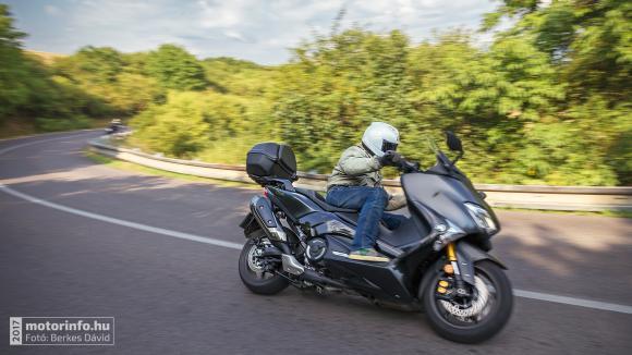 Yamaha TMAX DX Teszt 2017