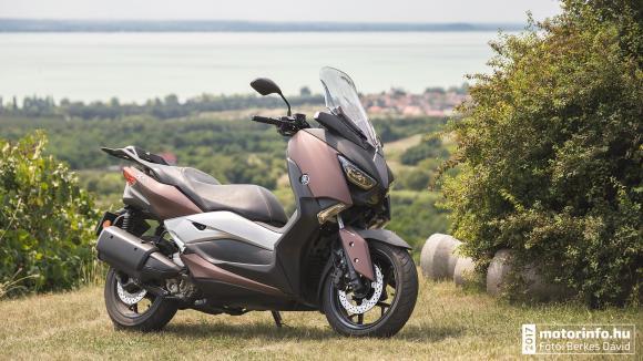 Yamaha X-Max teszt 2017