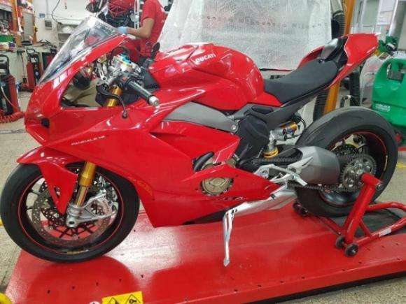 Ducati Stradale 2017
