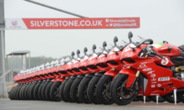 Motoroznál a Ducati Panigale V4 nyergében?