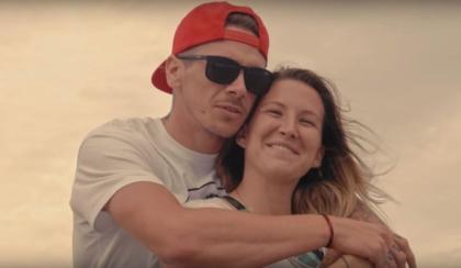 Scott Redding és Kiara Fontanesi egy zenei videó főszereplői
