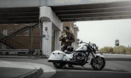 Az Indián bemutatja az új Springfield és Roadmaster modelleket