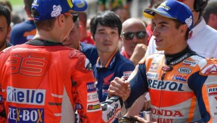 Marquez felhívta Lorenzo-t.