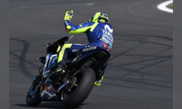Szeretnéd, hogy Valentino Rossi legyen a motoros oktatód?