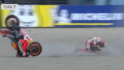 Hullanak a GP versenyzők Assenben