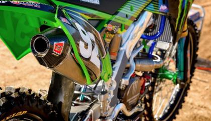 Pro Circuit termékek négy és két ütemű motorokhoz