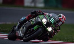 Tarolt a 24 órás versenyen a Kawasaki