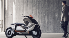 E-robogót mutathat be a BMW az EICMA-n