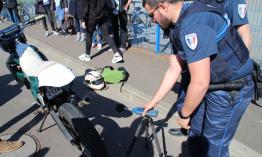 Párizsban motoros egységet hoznak létre a kétkerekű járművek zajának csökkentésére