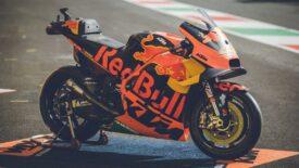 Eladó két KTM MotoGP RC16
