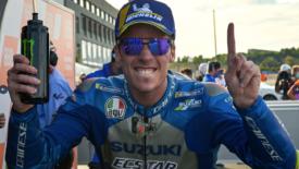 Kettős Suzuki győzelem Valenciában