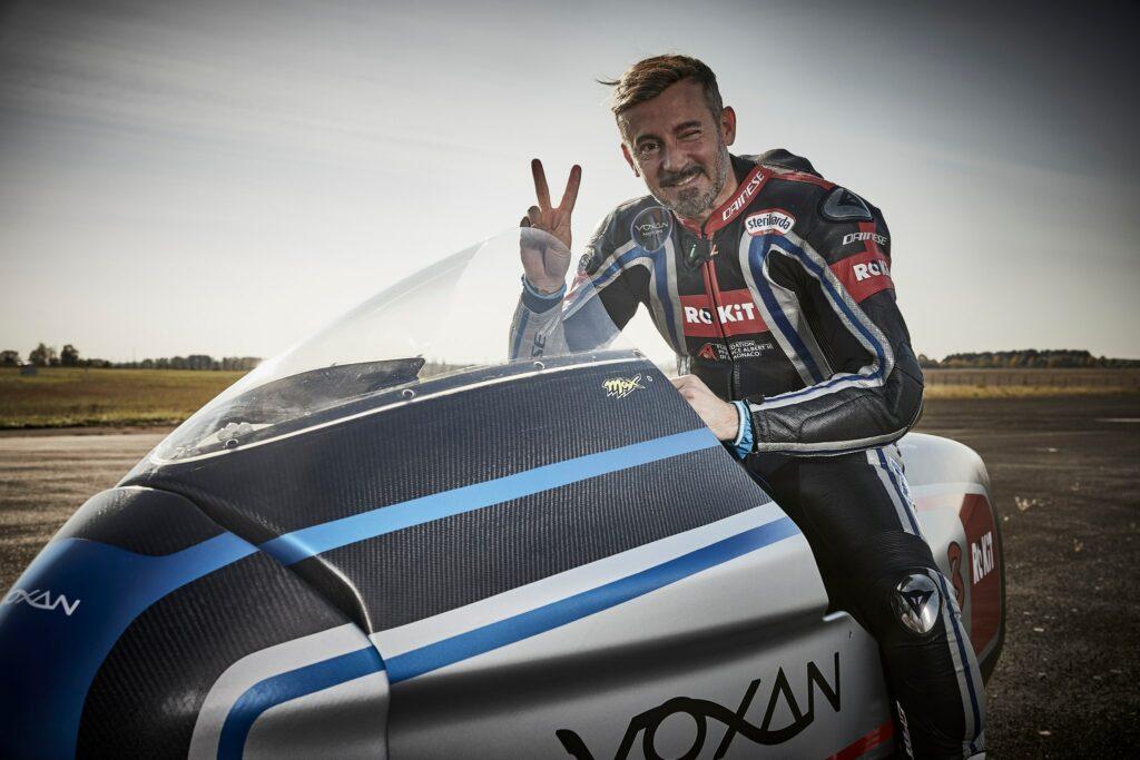 "Voxan Wattman és Max Biaggi – 11 ""elektromos"" sebességi rekord | Motorinfo"