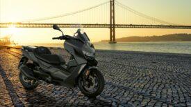 A BMW Motorrad bemutatja az új BMW C 400 X és C 400 GT modelleket